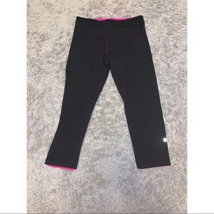 reversible Lululemon cropped leggings